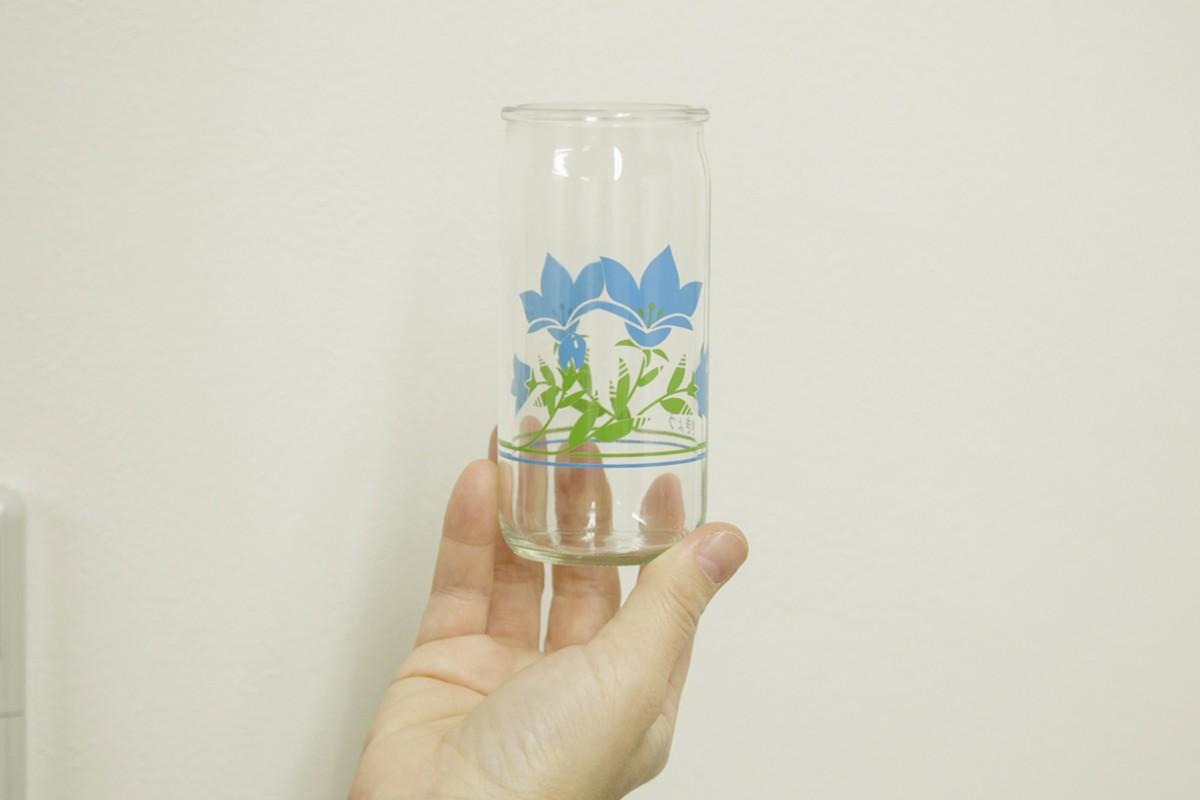 今ハマっているという「ご当地ワンカップ」。非常にバリエーション豊かだそう。写真は佐賀県のハイフヨウ(田中酒造)。