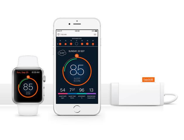 スマートフォンやApple Watchなどのウェアラブル端末と同期させて使います。