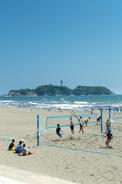 江の島をのぞむ湘南海岸
