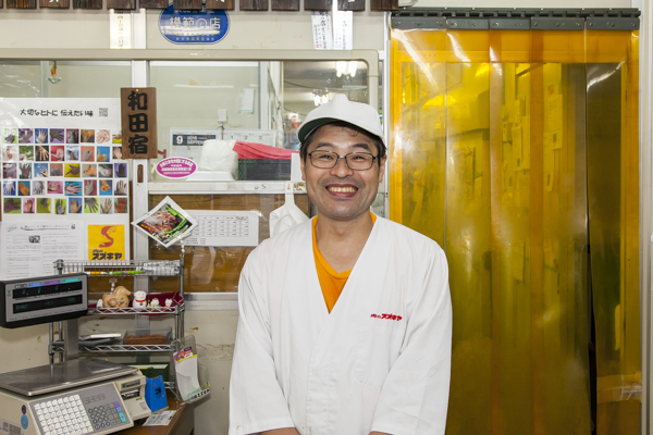 笑顔がとても素敵な鈴木社長。お忙しい中、お話を聞かせてくれました。